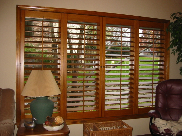 control light with shutters